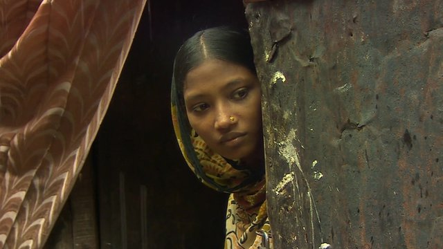 Bangladesh: Court removes