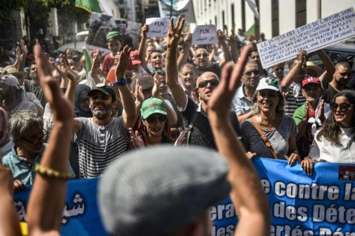 Algérie: la contestation entame son 7e mois de manifestations