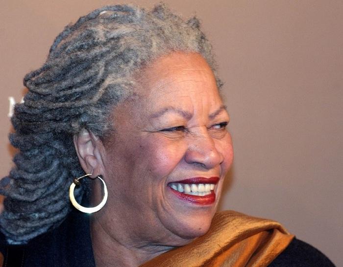 Nobel mükafatı almış ilk qaradərili qadın yazıçı - FOTOLAR