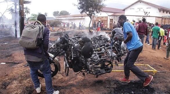 تنزانيا: 64 قتيلاً بعد محاولة سرقة وقود صهريج