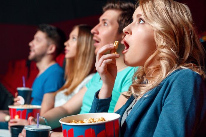 Ötən il neçə nəfər kinoteatra gedib?