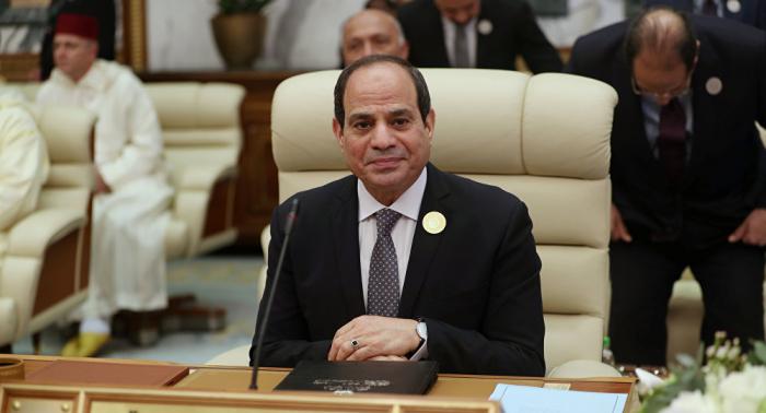 """صحيفة: السيسي يجري زيارة ذات أهمية خاصة للكويت ويناقش ملفات """"ملتهبة"""""""