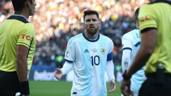 Messi suspendu trois mois de la sélection argentine après ses propos envers la Conmebol