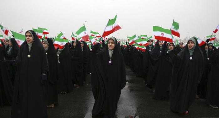 الأمن الإيراني يعلن عن إحباط مؤامرة مناهضة للثورة في مدينة مشهد