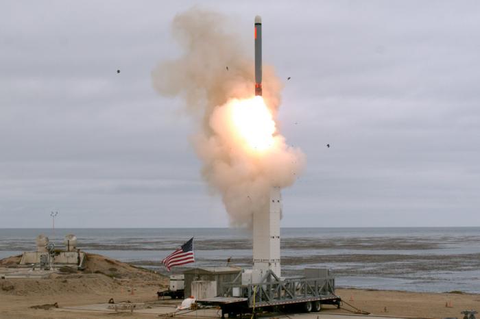 Missiles:  Russes et Américains s