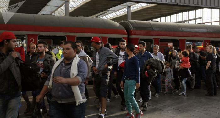Syrische Flüchtlinge in Deutschland: Eingereiste werden auf Bundesländer verteilt