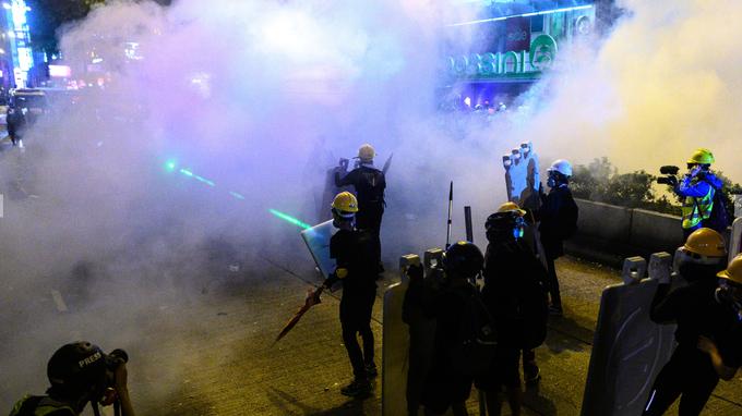 Hongkong:  nouvelles manifestations après les heurts dans un quartier touristique