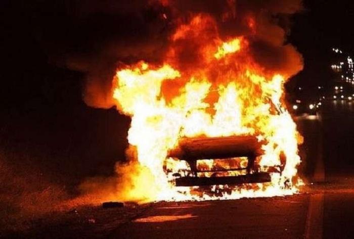 Şabranda yük avtomobili yanıb
