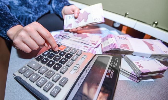 Banklar gücləndirilmiş rejimdə işləyəcək