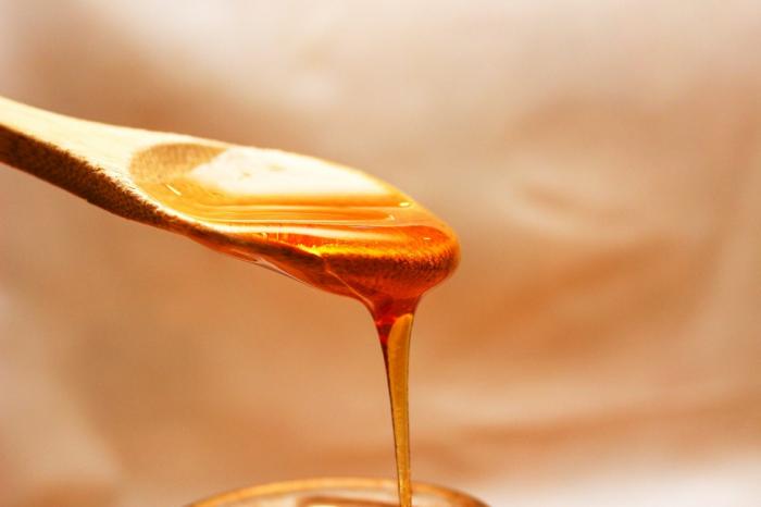 Un homme détenu pour avoir ramené du miel aux Etats-Unis