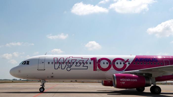 Pánico en un avión de Wizz Air al intentar una persona borracha acceder a la cabina de pilotaje