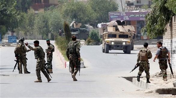 إصابة 100 مدني في تفجيرات بشرق أفغانستان