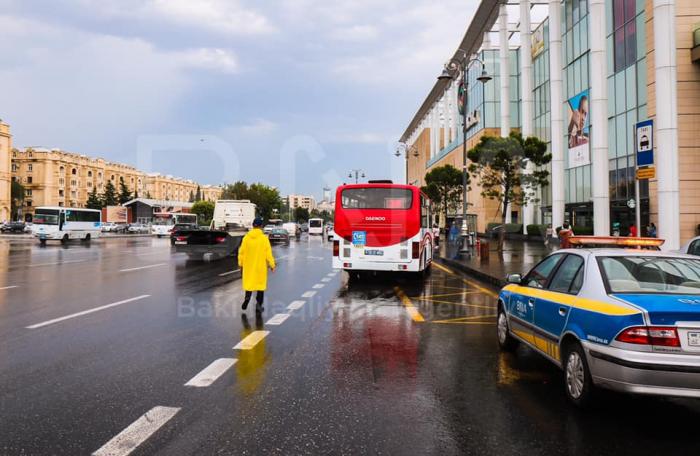 BNA yollarda nəzarəti gücləndirib - FOTOLAR