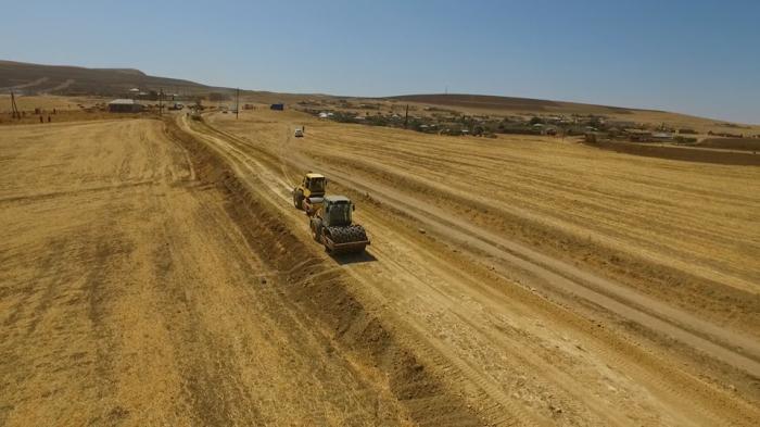 Qobustanda 13 km yol təmir olunur