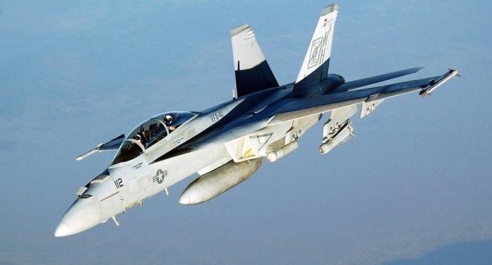 الإعلام يكشف هوية المقاتلة التي اقتربت من طائرة وزير الدفاع الروسي
