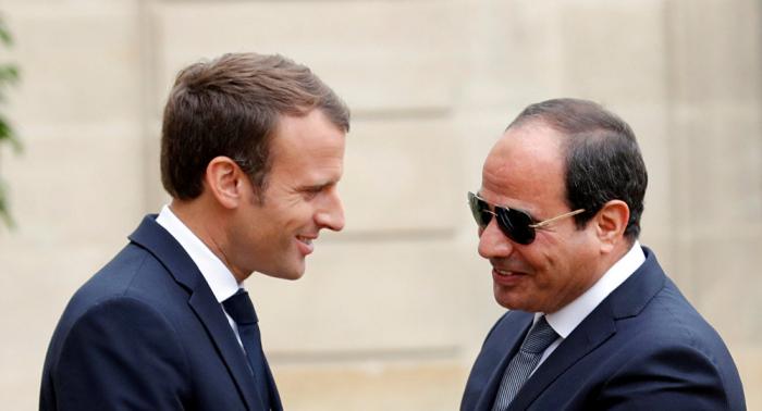 السيسي يصل فرنسا لحضور قمة مجموعة السبع