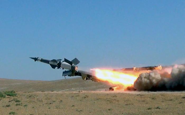 Zenit-Raket Qoşunlarında döyüş atışlı təlimlər keçirilib - VİDEO