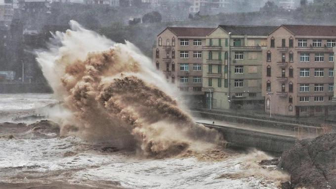 Chine:   13 morts, 16 disparus au passage du typhon Lekima