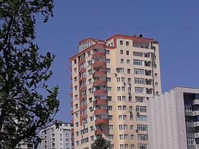 23183 mənzilin olduğu binaların istismarına icazə verildi