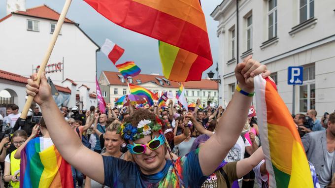 Gay Pride sous haute sécurité en Pologne