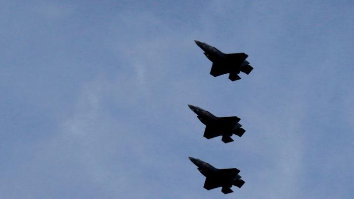 Japón aprueba la compra de los F-35B estadounidenses