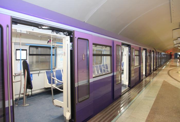 Yeni metro qatarları xəttə buraxıldı - FOTOLAR