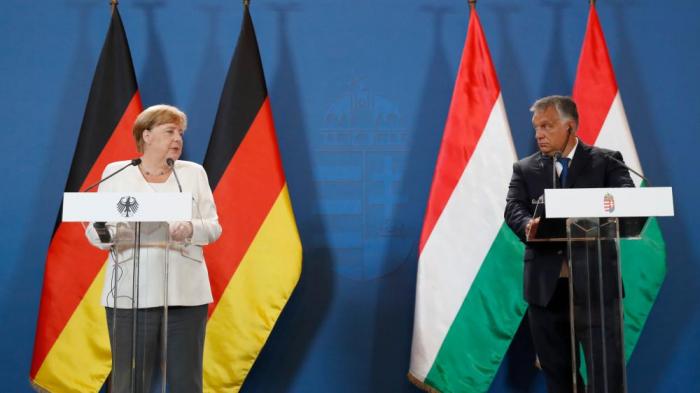 Merkels überraschend neuer Ton bei ihrem Orbán-Besuch
