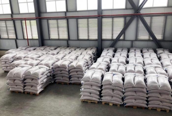 1000 ton toxum emal olunub