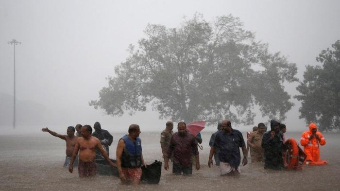 Hindistanda ölü sayı 95 nəfərə çatıb - Yenilənib