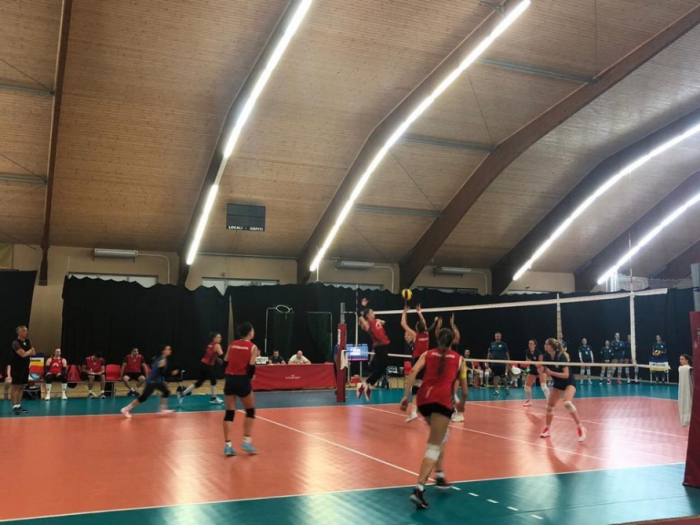 Azerbaijani women volleyball players beat Slovenia in friendly