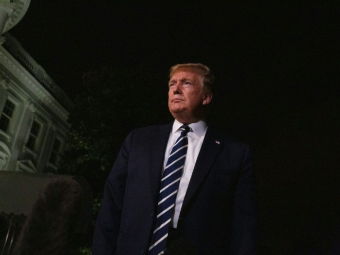 Trump menace la France de représailles sur le vin