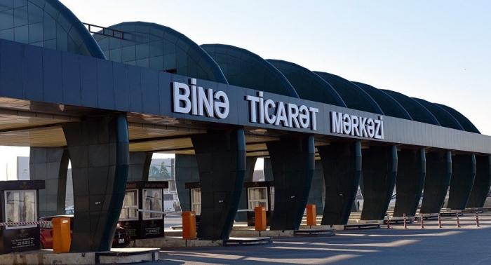 """""""Binə"""" ticarət mərkəzində anbar yanıb - Yenilənib"""