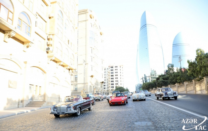 Azerbaijan Automobile Federation holds parade and exhibition of classic cars - PHOTOS