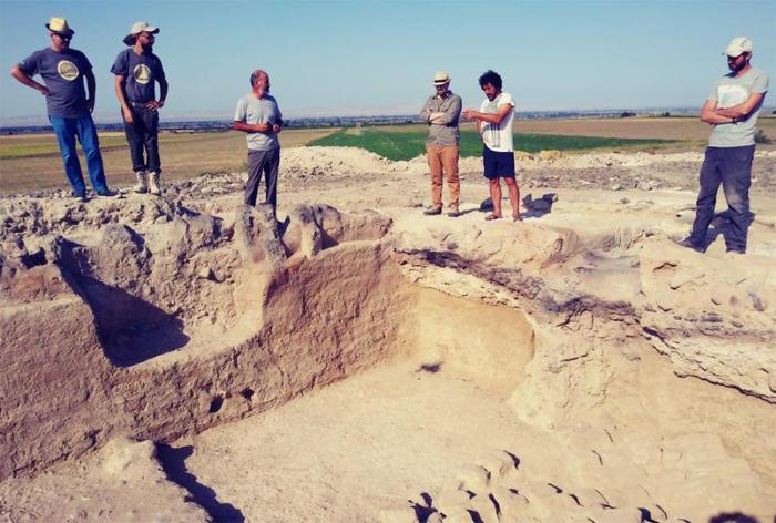Azerbaijani, Italian archaeologists conduct field work in Ganja and Goranboy