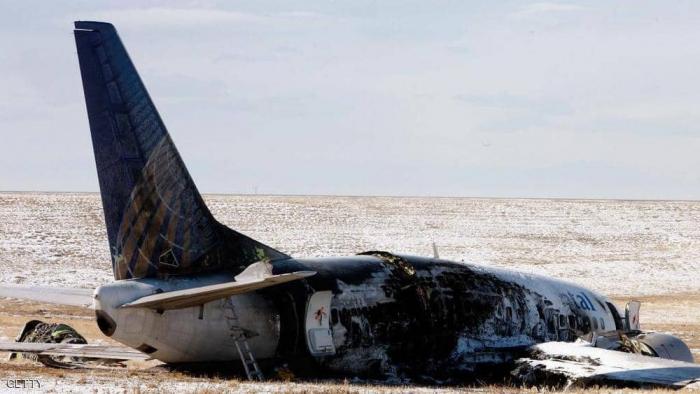 """""""قصة عن طيار ناجح"""" تنتهي بموت الصحفية والطيار في حادث"""