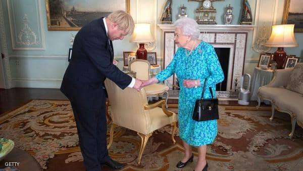 """ملكة بريطانيا تصادق على قانون """"تأجيل بريكست"""""""