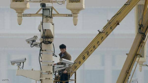 """الصين تطوّر """"كاميرا فائقة الدقة"""" للتعرف على الوجوه"""