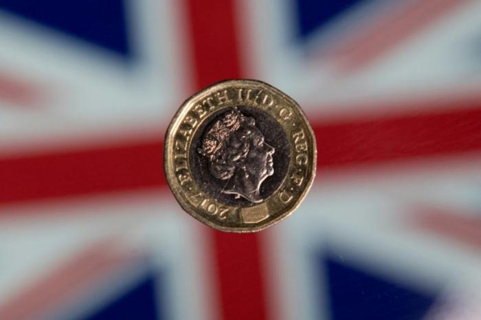 Un Britannique dépense l