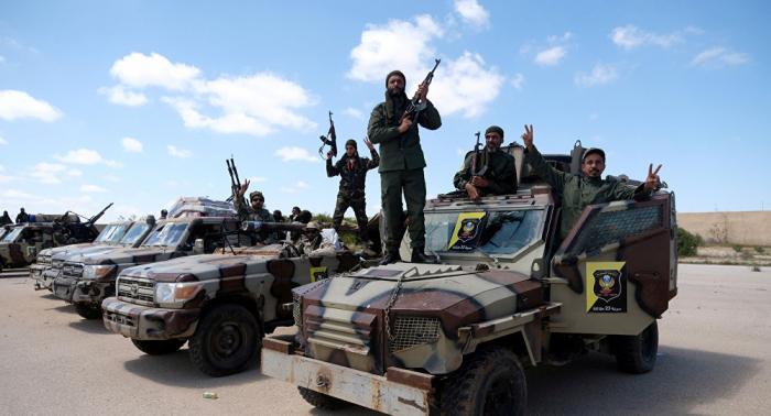 """الجيش الليبي يستهدف قوات لـ""""الوفاق"""" حاولت الهجوم على منطقة الهلال النفطي والجفرة"""