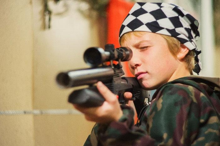 13 yaşlı ömürlük məhkum: Uşaqların törətdiyi dəhşətli cinayətlər - FOTOLAR