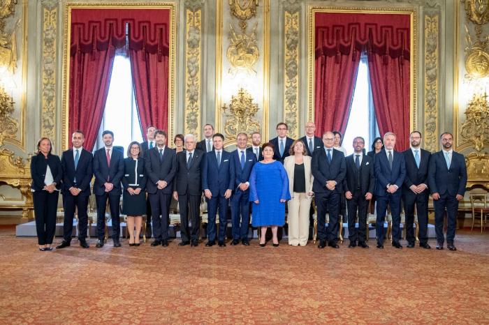 New Italian coalition sworn in, seen bolstering EU ties