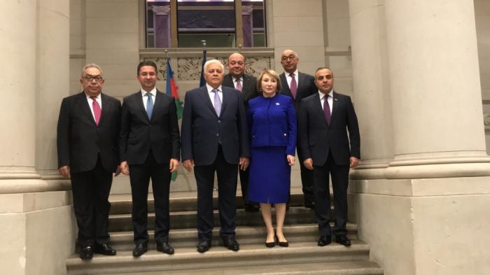 Presidente del Parlamento de Azerbaiyán visita Alemania