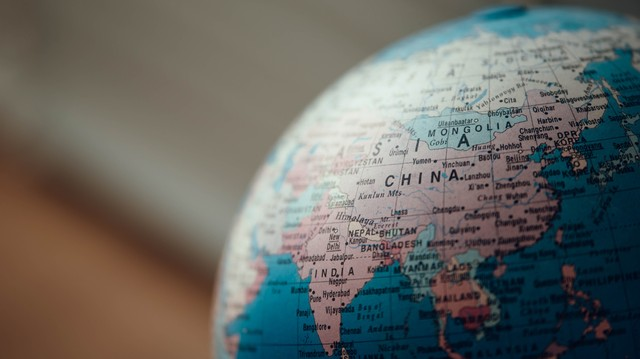 English is just a Mandarin dialect, Chinese scholars claim