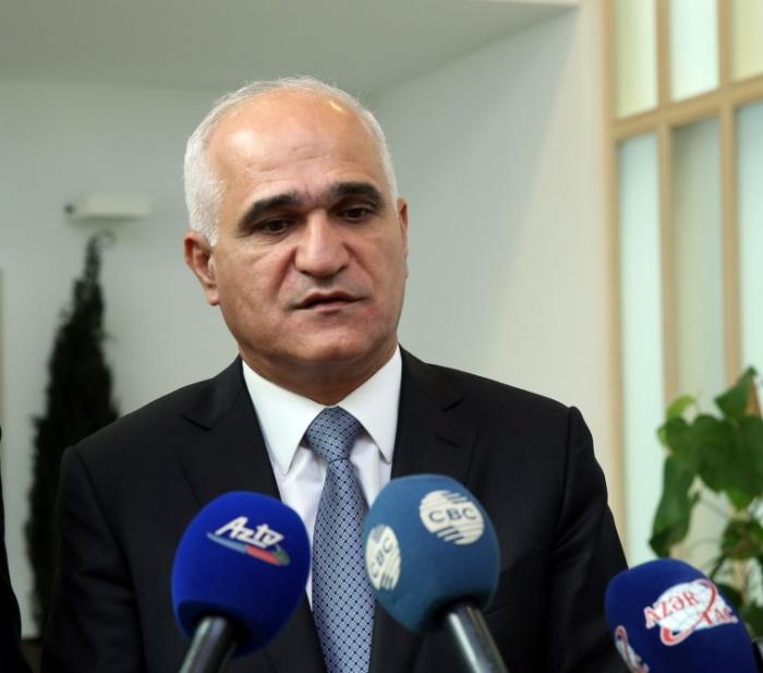Azerbaiyán planea abrir un centro logístico en Rusia