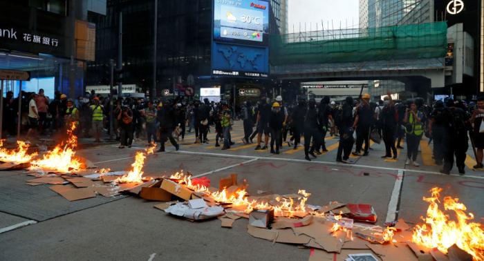 Japón insta al diálogo para restablecer la calma en Hong Kong