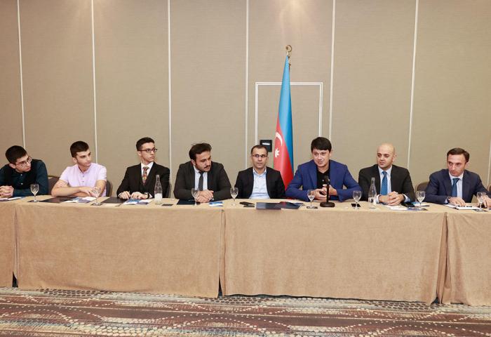 Se celebra una reunión con la comunidad azerbaiyana en Estrasburgo