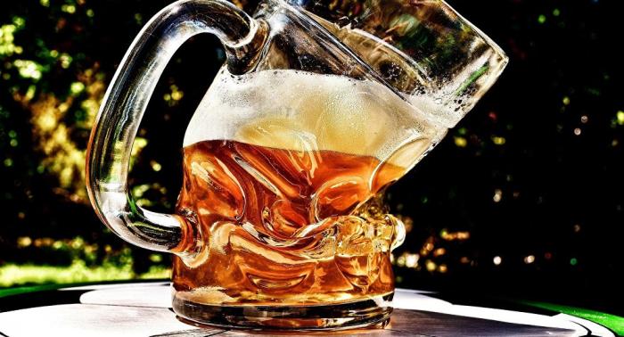 Lauge im Bier:  Deutsche Brauereiweitet Rückruf aus