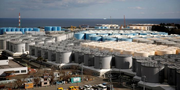 Japón plantea verter al mar agua contaminada por Fukushima