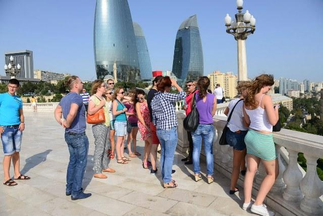 Most of foreign tourists in Azerbaijan in August account for Russian citizens