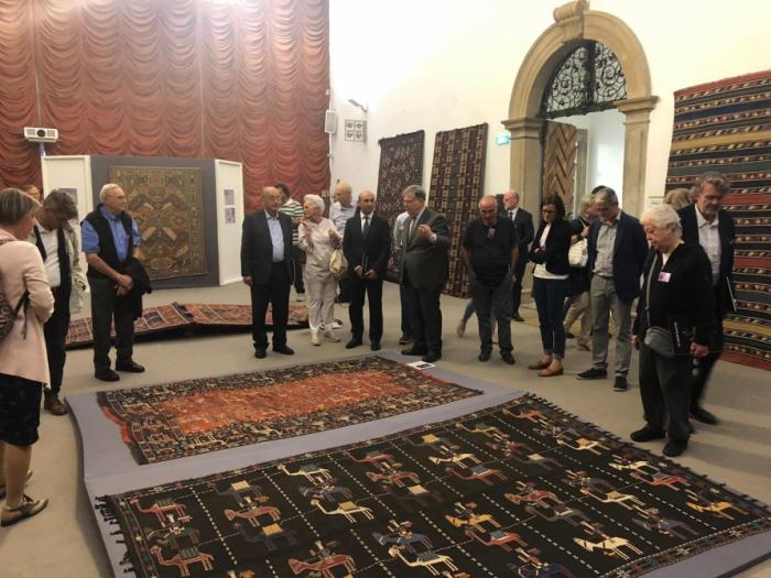 Ausstellung aserbaidschanischer Teppiche in Italien
